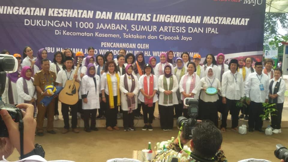 Peningkatan kesehatan Dan kualitas Lingkungan Masyarakat Dukungan 1000 Jamban